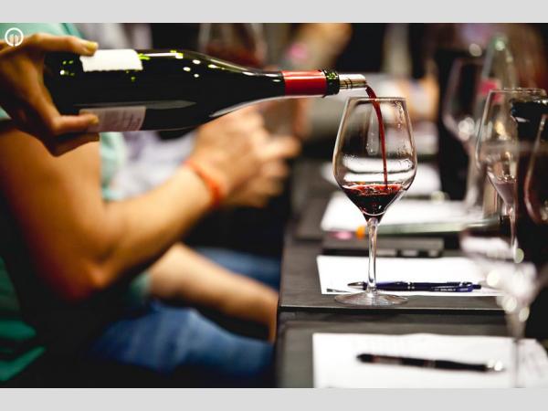 Felhívás borvidéki borversenyre való nevezésre